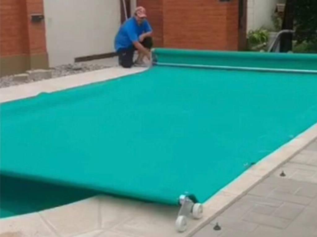 TECHNOSTOR Pool Cover